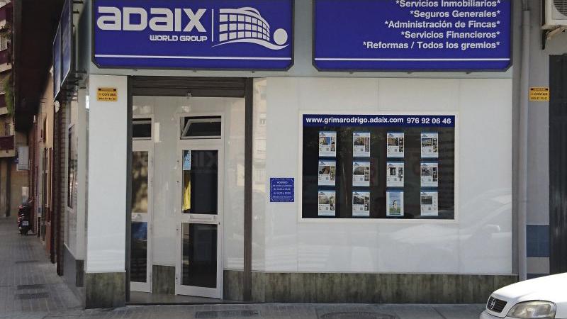 Zaragoza tiene una nueva agencia inmobiliaria adaix group for Agencia inmobiliaria