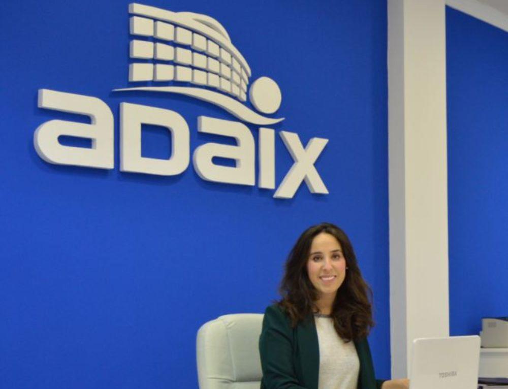 Adaix Mora celebra su primer año de apertura